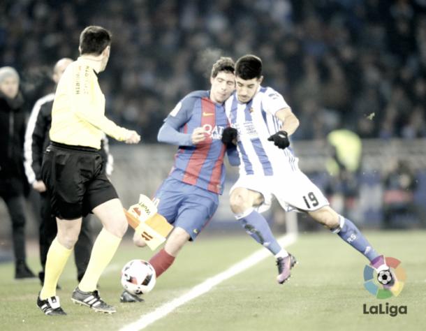 Yuri, ante Sergi Roberto. Foto: La Liga