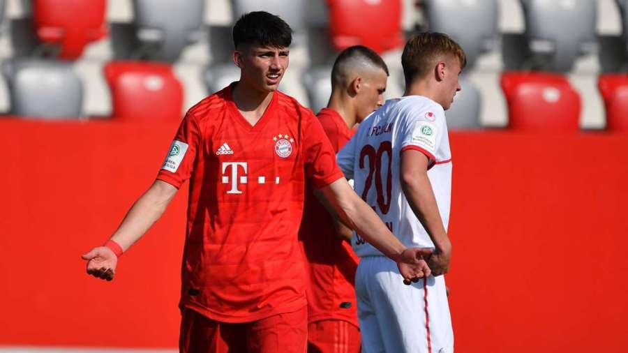 Yusuf Kabadayi con el Bayern. Foto: FC Bayern de Múnich