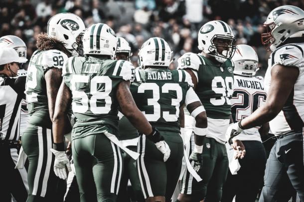 La defensa de los Jets liderada por Darron Lee y Jamal Adams mantuvo el pulso a los Patriots | Foto: newyorkjets.com