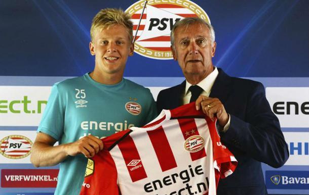 Zinchenko en su presentación con el PSV| Foto: PSV