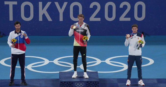 Zverev conquistou o ouro derrotando Khachanov na final (Foto: Divulgação/ITF)