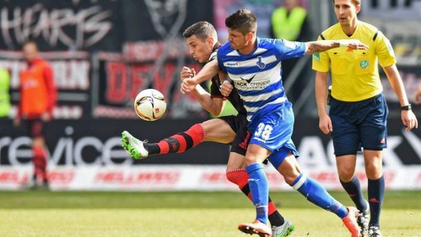 Action from Duisburg's 2-1 victory over Union Berlin last weekend (image via: sportschau.de)