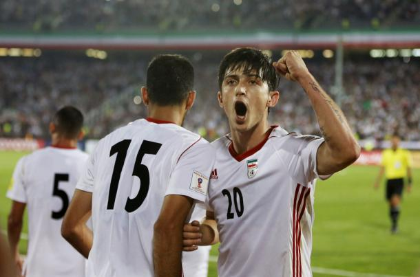 Azmoun celebrando un gol. | Foto: FIFA