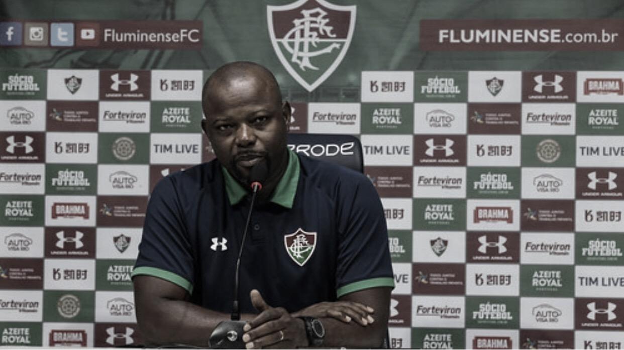 Marcão lamenta empate no fim e diz que Fluminense 'não joga dessa maneira'