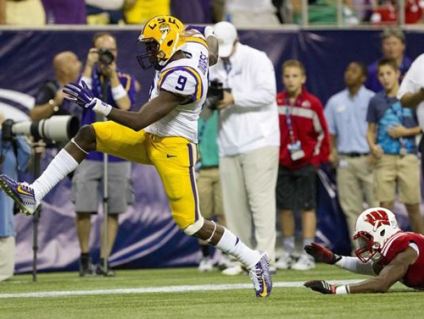 LSU Swamps Sam Houston State 56-0 In Home Opener