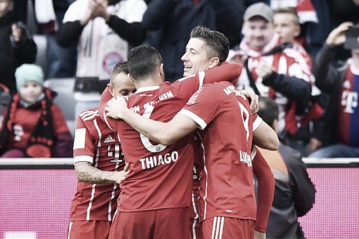 Bis de Robben e Lewandowski assinam goleada do Bayern