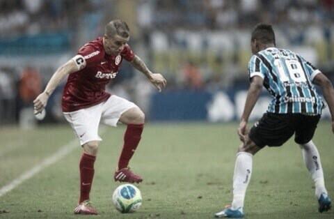 Recordar é viver: em Gre-Nal de número 400, Inter vence jogo de ida da final do Gauchão em 2014
