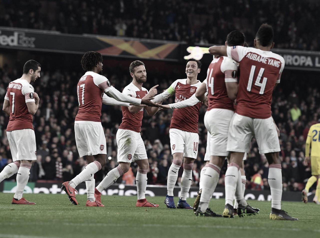 Arsenal atropela BATE Borisov e avança às oitavas da Liga Europa