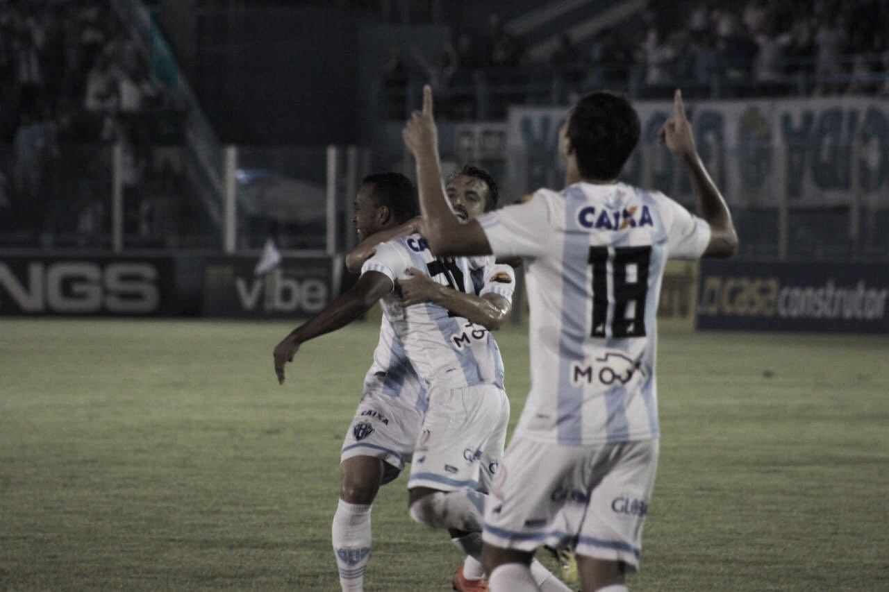Paysandu vence Oeste e segue com esperança de permanecer na Série B