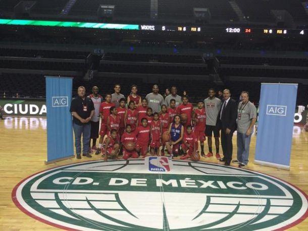 Los niños Triquis convivieron con los Houston Rockets