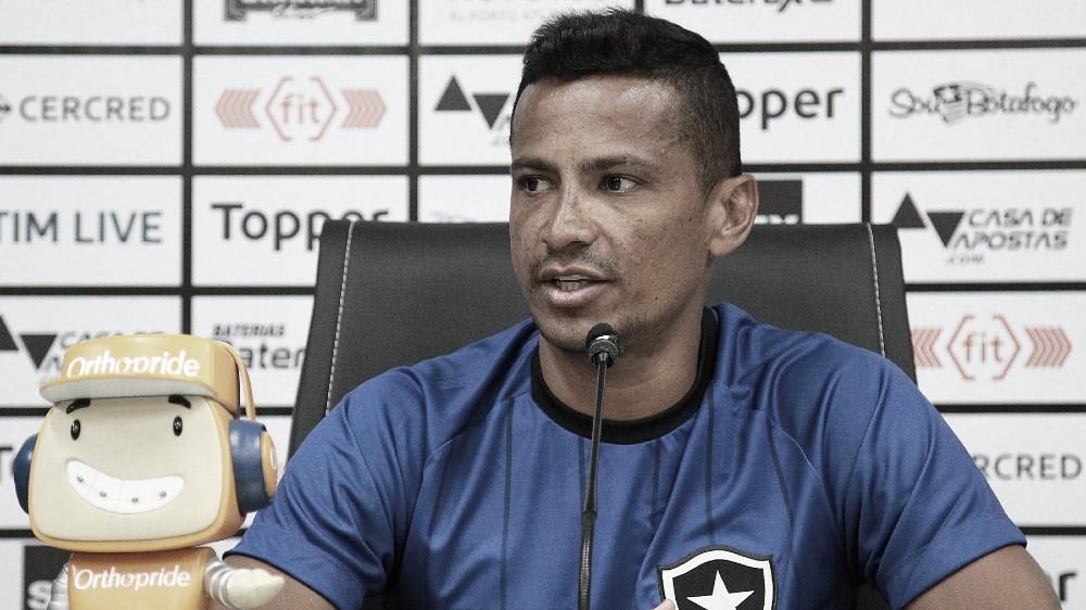 Barca de saída: Ruan Renato, Danilo Barcelos e Cícero são dispensados do Botafogo