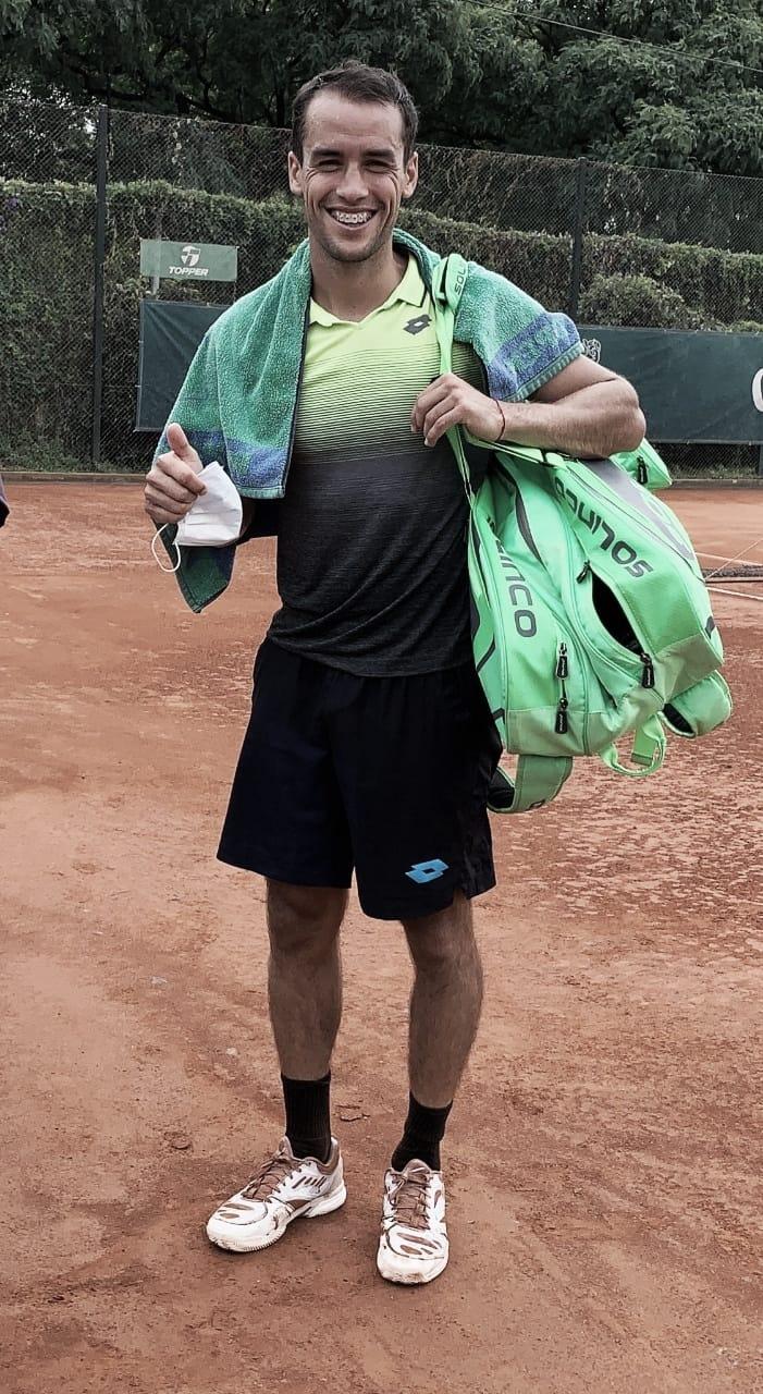 Victoria de Nicolás Kicker en su retorno al tenis