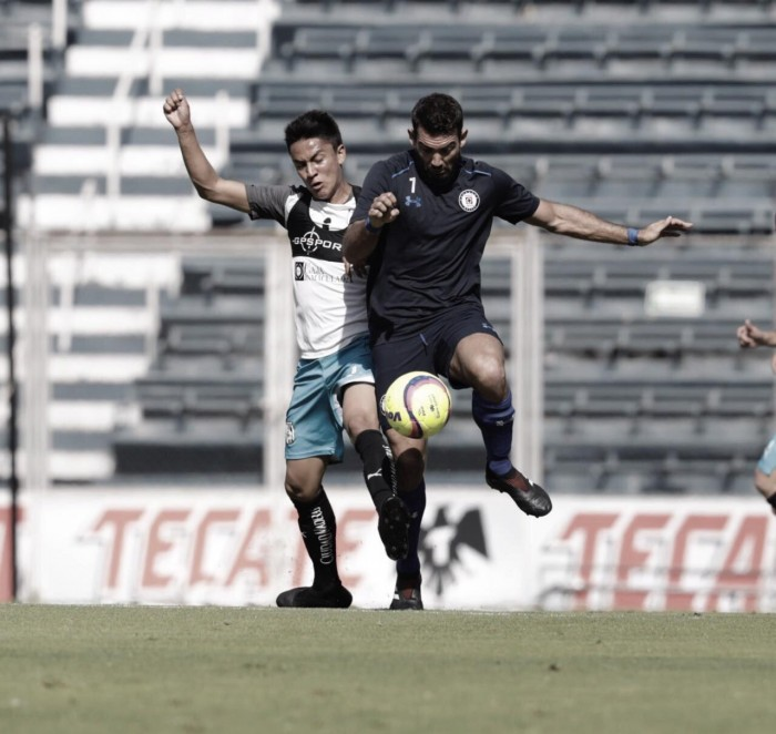 Cruz Azul se impone a Querétaro en duelo de preparación
