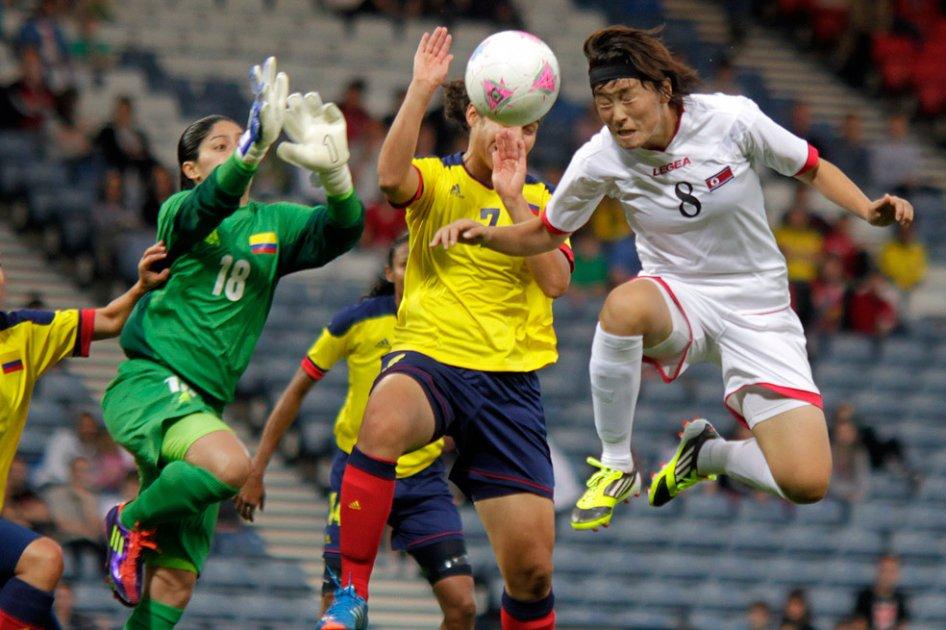 Las Chicas Superpoderosas debutaron con pie izquierdo en los Olímpicos