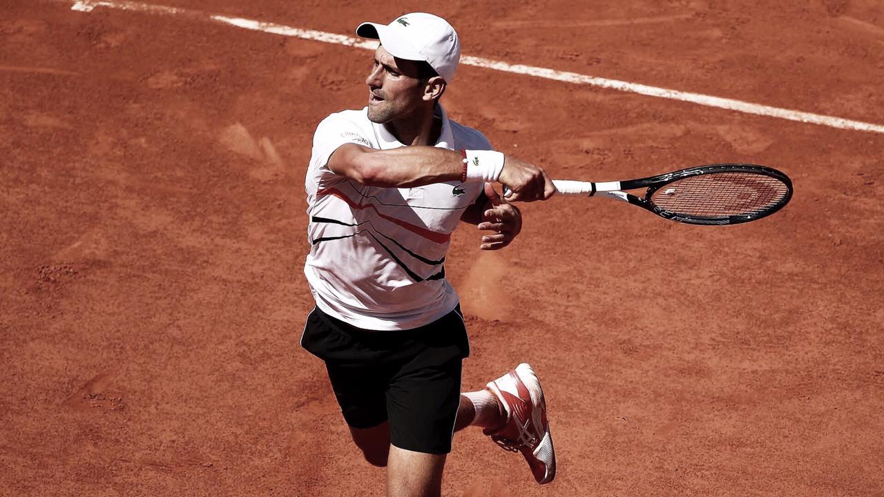 Djokovic vence Zverev pelas quartas de Roland Garros (3-0)