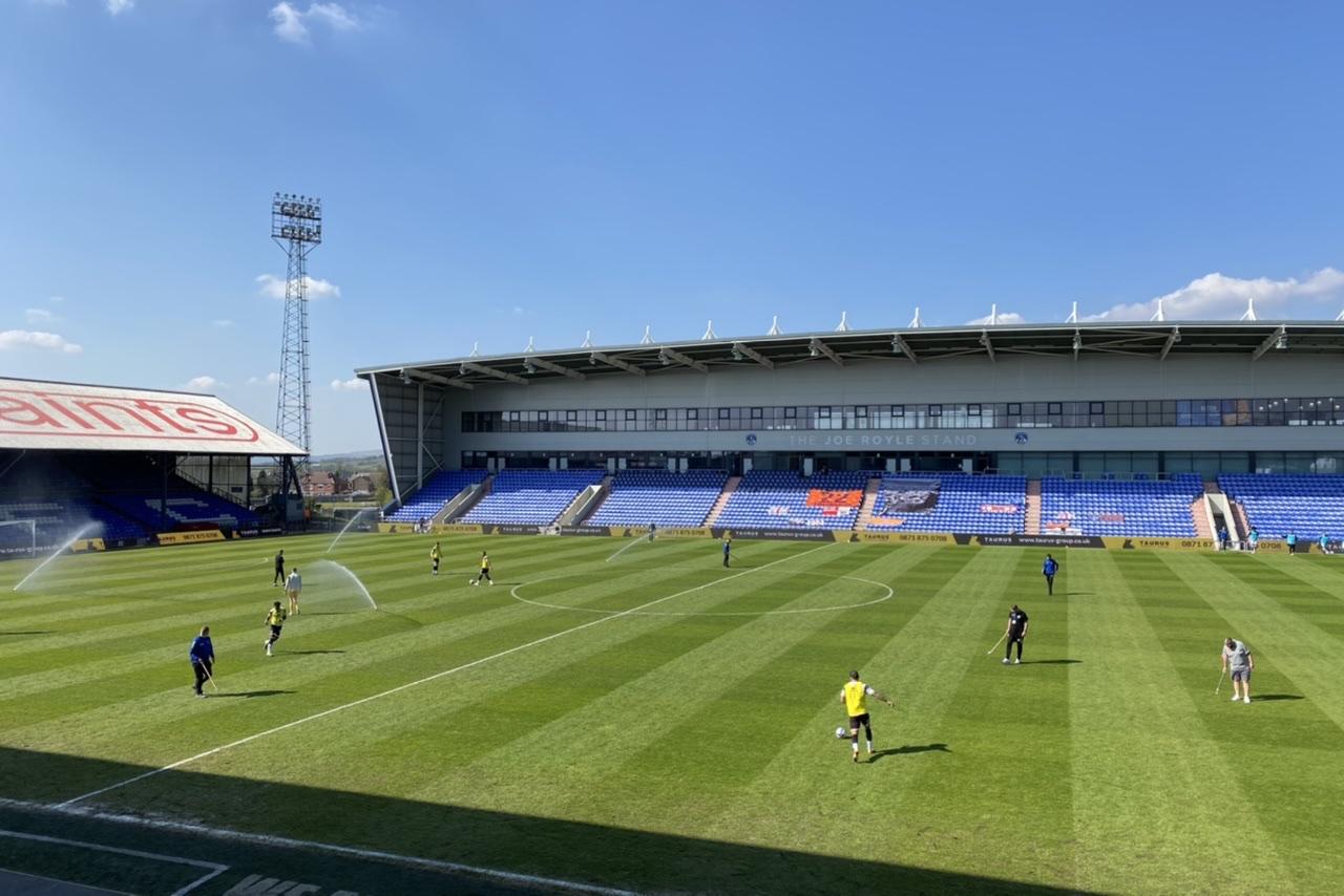 Oldham Athletic 1-2 Grimsby Town: Relegation battle gets more interesting