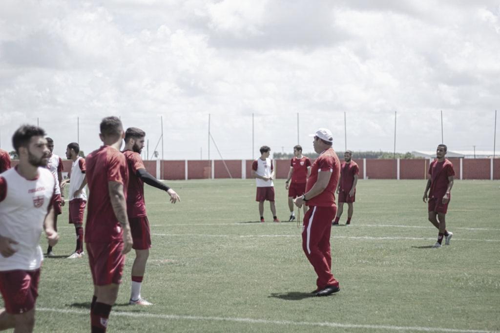 Classificado no Nordestão, CRB enfrenta Altos de olho na Copa do Brasil