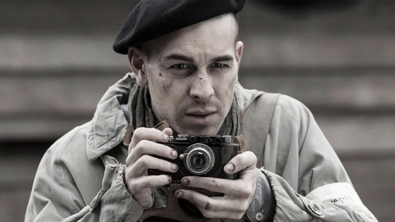 Crítica de 'El fotógrafo de Mauthausen', una particular y bonita historia dentro de la historia más contada del cine