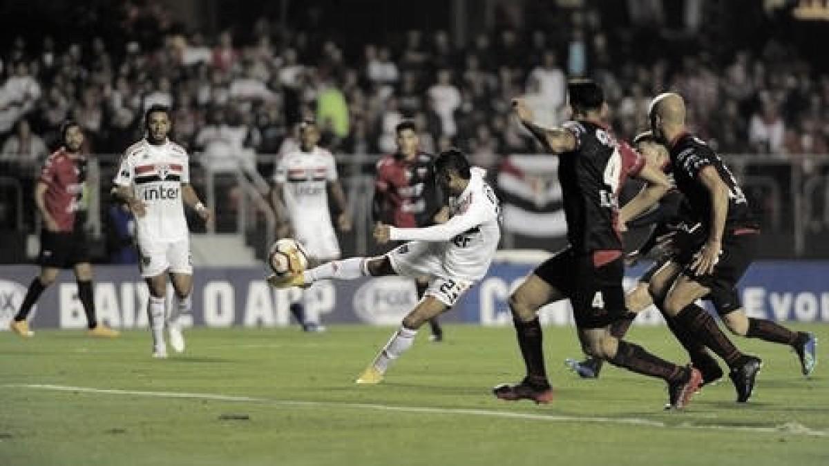 São Paulo é surpreendido e perde para o Colón no jogo de ida da segunda fase da Sul-Americana