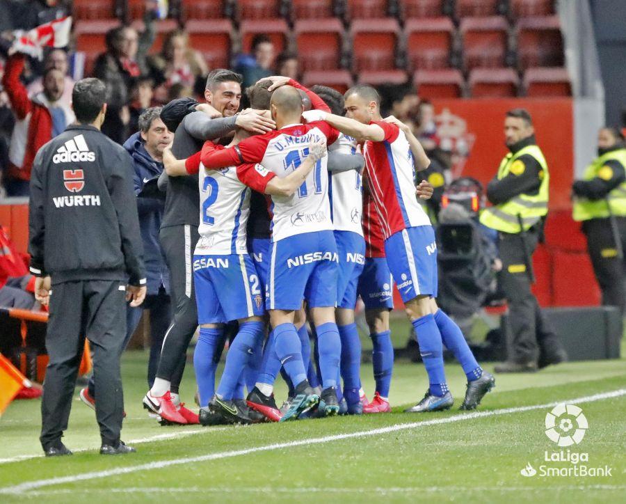 El equipo celebra un gol. || Imagen: La LIga Smartbank