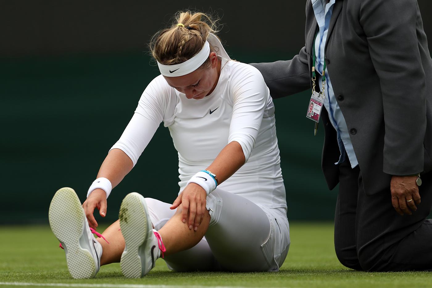 Azarenka e Sharapova dão adeus a Wimbledon, e Serena tem caminho facilitado