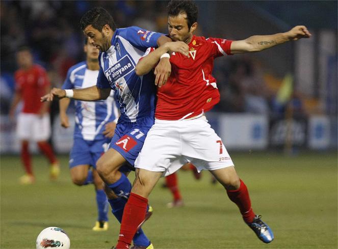 """Alcoyano 1-3 Murcia: se agotaron las reservas de ilusión de una afición """"harta"""""""