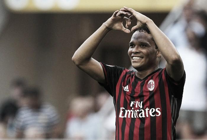 Artilheiro do Milan, Bacca explica recusas a West Ham e PSG