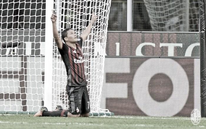 Bacca marca três, Donnarumma pega pênalti no fim e Milan bate Torino no sufoco