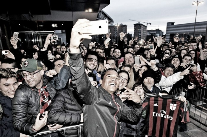 """Bacca spegne le voci: """"Al Milan sono felice, l'obiettivo è tornare in Europa"""""""
