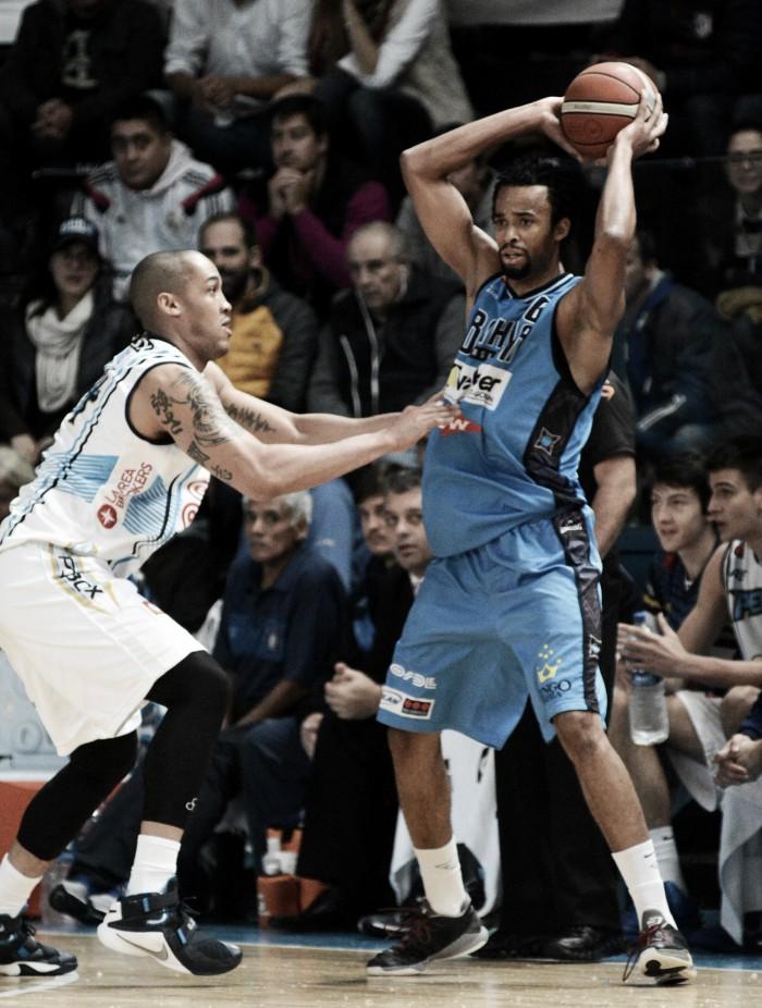 Bahía Basket se puso en ventaja