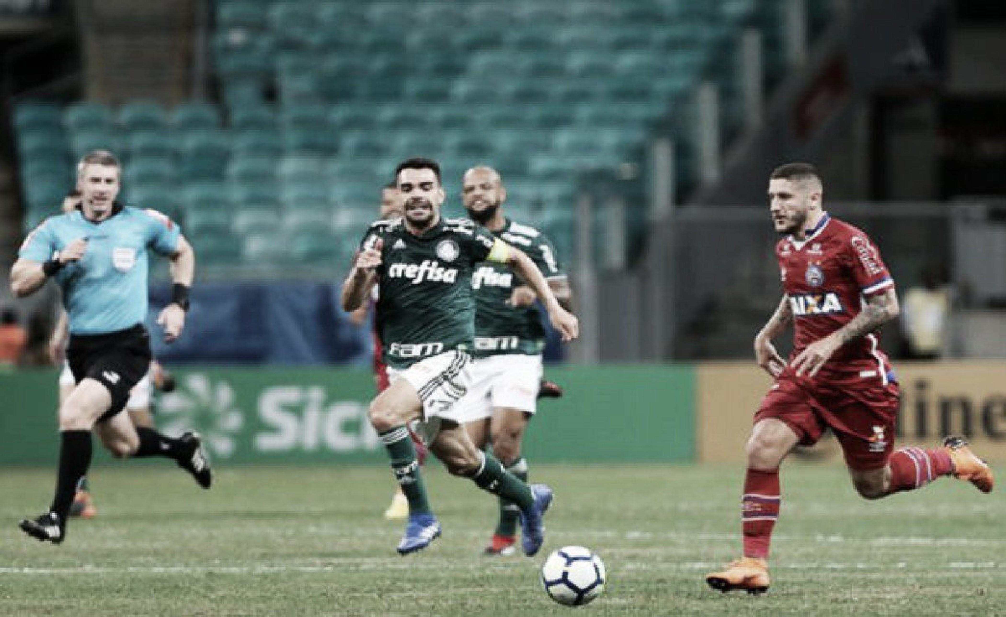 Em momentos distintos no Brasileirão, Bahia e Palmeiras duelam na Arena Fonte Nova