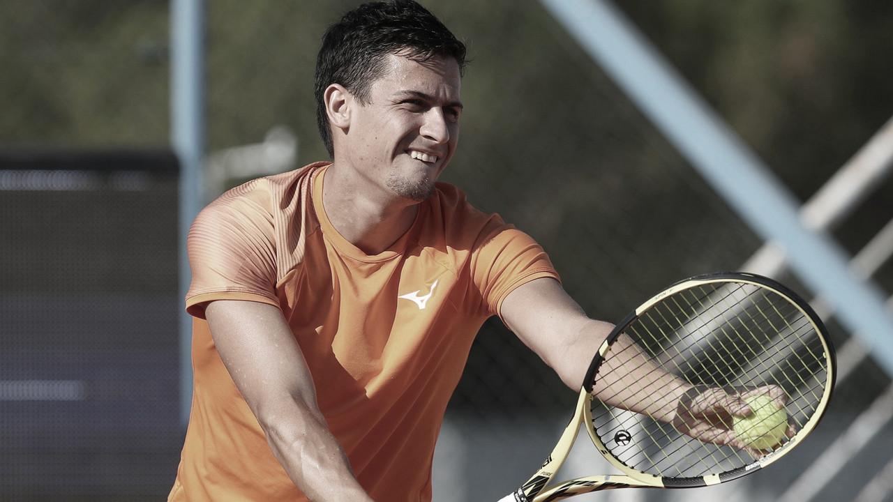 Balázs surpreende Djere em Umag e vai à primeira decisão de nível ATP na carreira