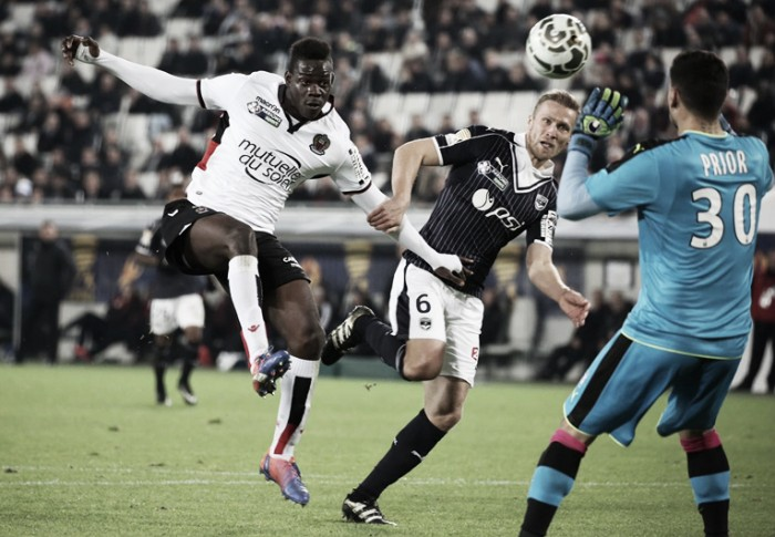Balotelli marca de pênalti, mas Bordeaux vence e elimina Nice na Copa da Liga