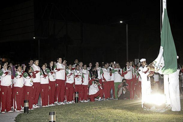 Izan Bandera Mexicana previo a los Juegos Centroamericanos