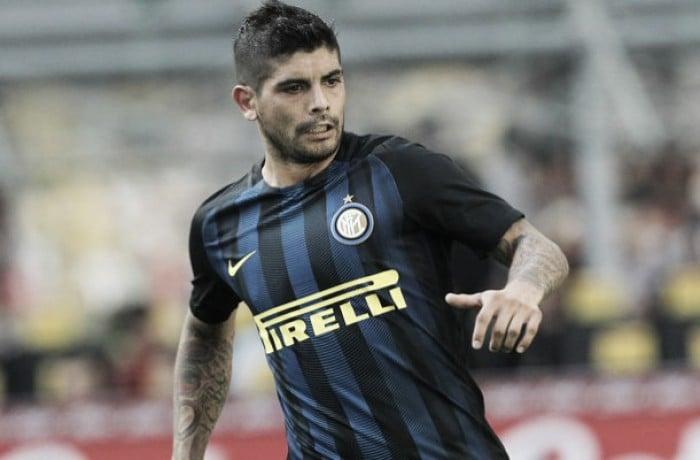 """Inter, ag. Banega: """"Tante offerte, ma resta"""". E quel dilemma con Joao Mario..."""