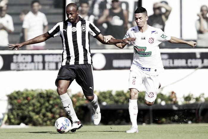 Botafogo enfrenta o Bangu em busca de redenção no Carioca