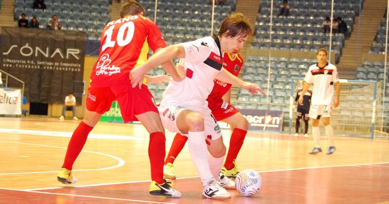 Santiago Futsal, colíder al parón tras golear a Puertollano