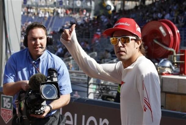 """Fernando Alonso: """"Estoy triste por Schumacher"""""""