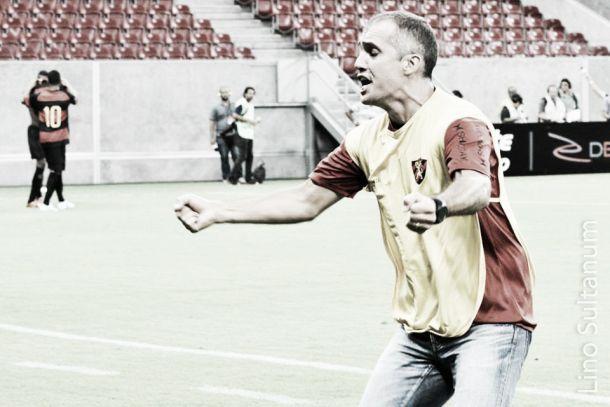 Técnico do Sport exalta dedicação dos jogadores no jogo contra o CSA