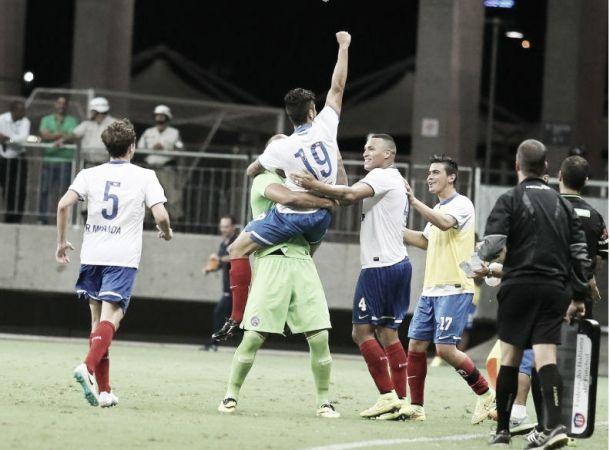 Bahia sai atrás, mas busca empate contra o Inter e garante classificação na Sul-Americana