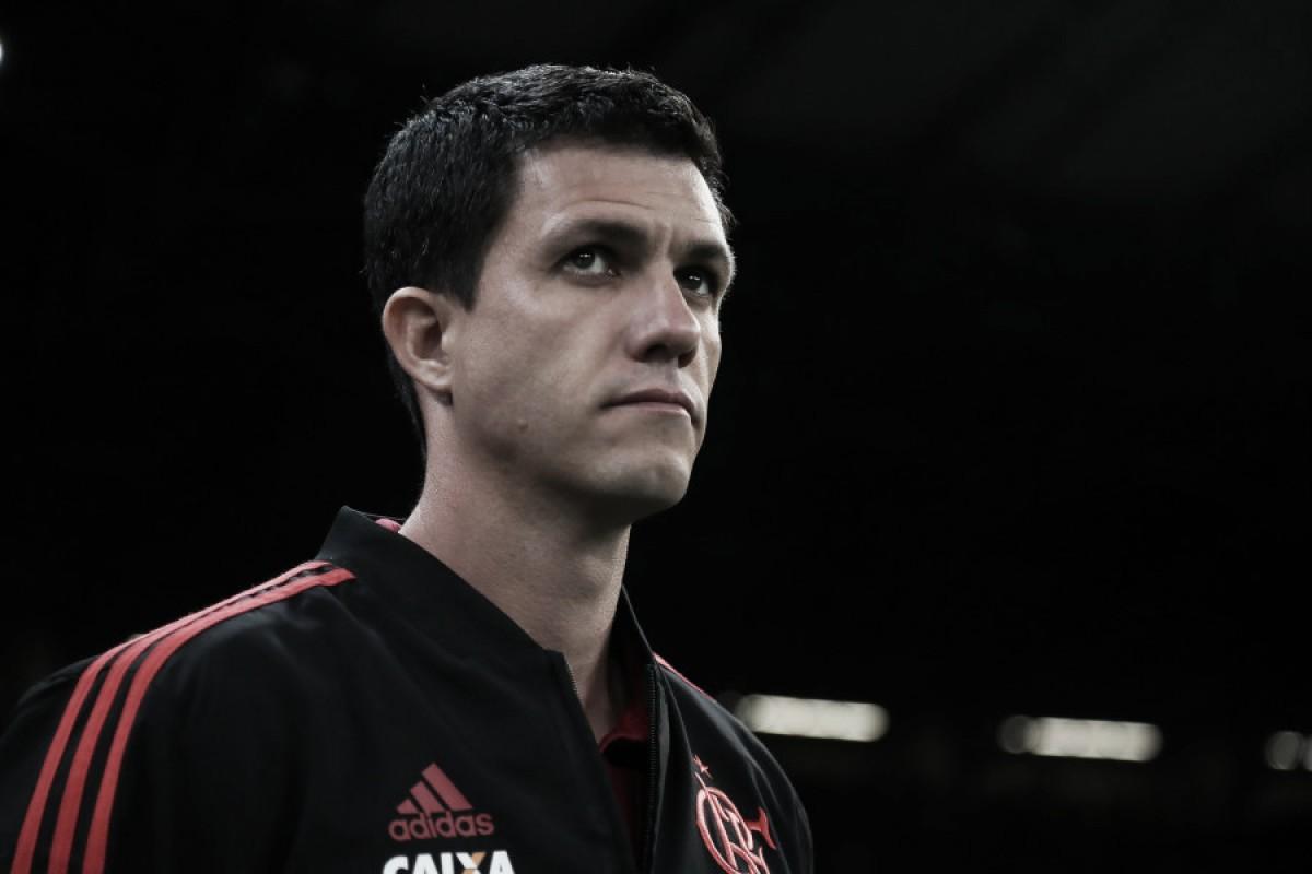 """Barbieri lamenta eliminação, mas diz que Flamengo não pode abalar: """"Temos que virar esta página"""""""