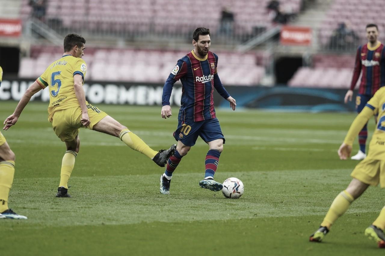 Barcelona leva gol no fim, tropeça no Cádiz e pode cair para quarto no Espanhol