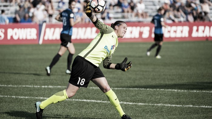 Nicole Barnhart among four more to join Utah Royals FC
