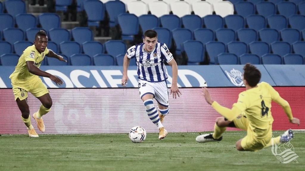 Barrenetxea avanza con el balón / Foto: Real Sociedad