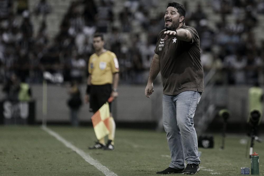 Com desfalques, Barroca tem dor de cabeça para montar ataque do Botafogo