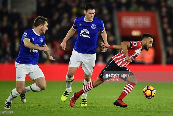 Everton trio Barry, Baines and Holgate sign new contracts