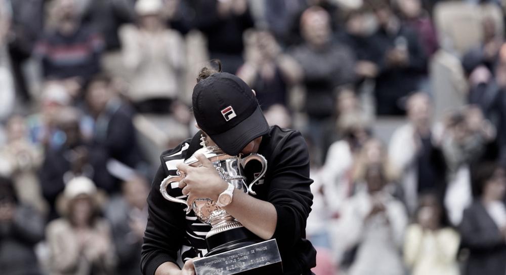"""""""Precisei abandonar o tênis para amadurecer"""", diz Barty após conquistar primeiro Slam"""
