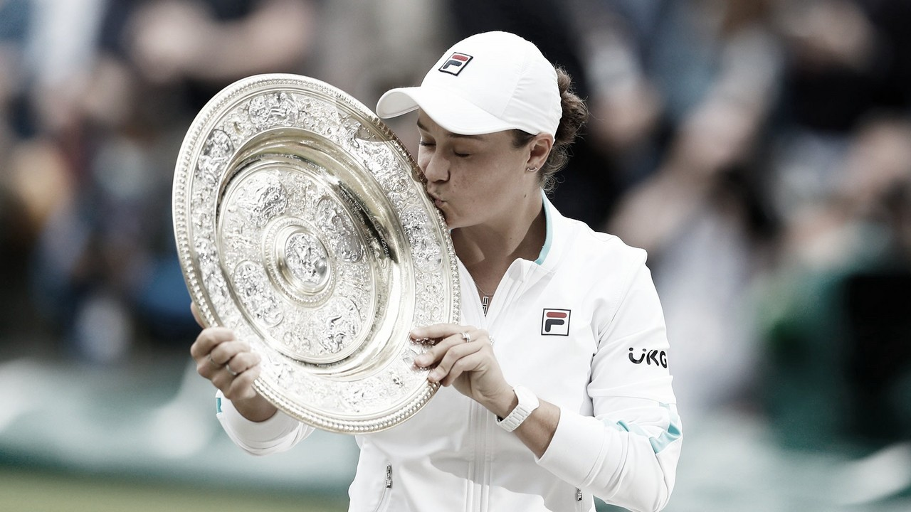 Barty relembra Evonne Goolagong e divide méritos com equipe após título de Wimbledon