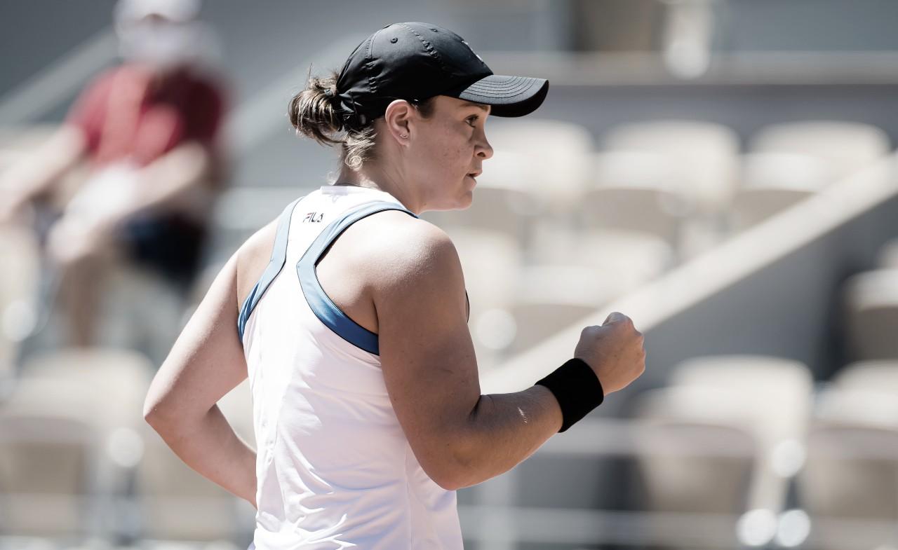 Campeã em 2019, Barty estreia com vitória em Roland Garros; Svitolina passa pela estreante Babel