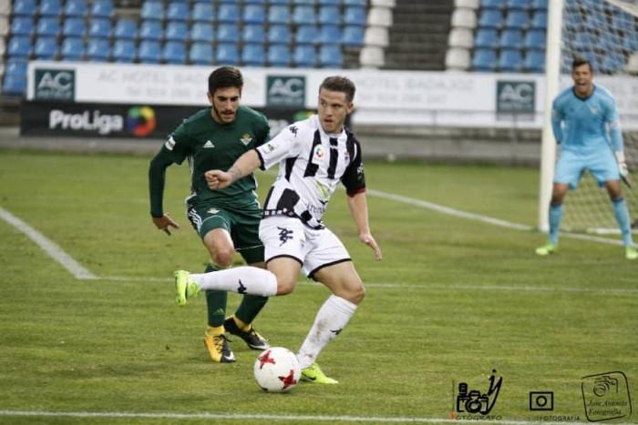 Crónica Cd Badajoz- Betis Deportivo: Remontada a lo grande